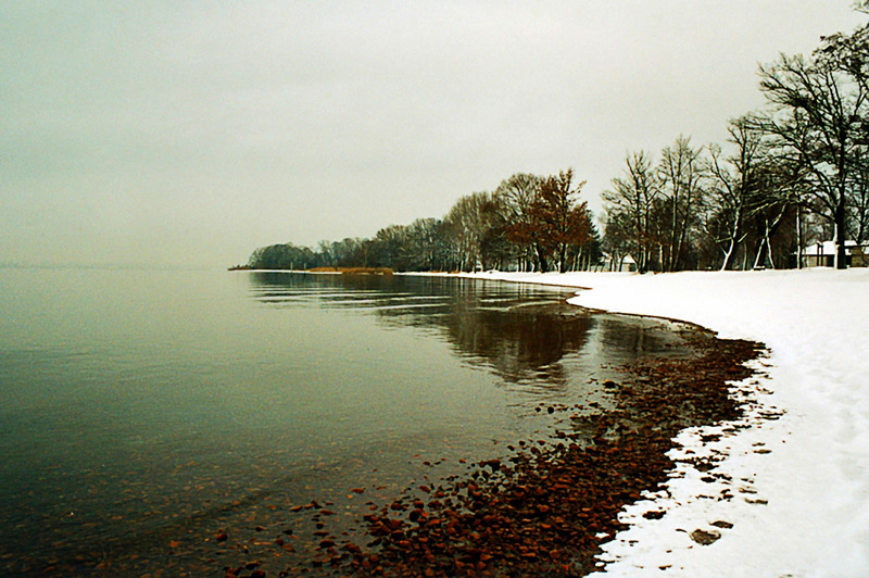 Winterspaziergang am See